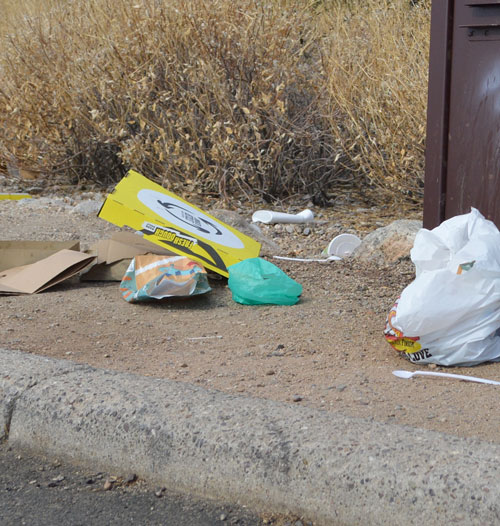 janitorial service thinks trash should bepicked up